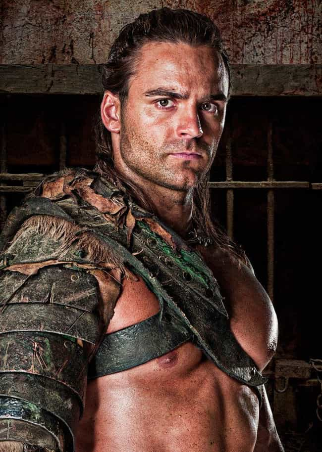 Dustin Clare is listed (or ranked) 3 on the list Spartacus: Vengeance Cast List