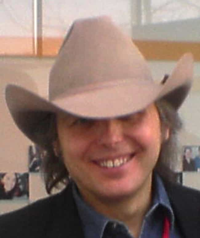 Dwight Yoakam is listed (or ranked) 2 on the list The Best Bakersfield Sound Bands/Artists