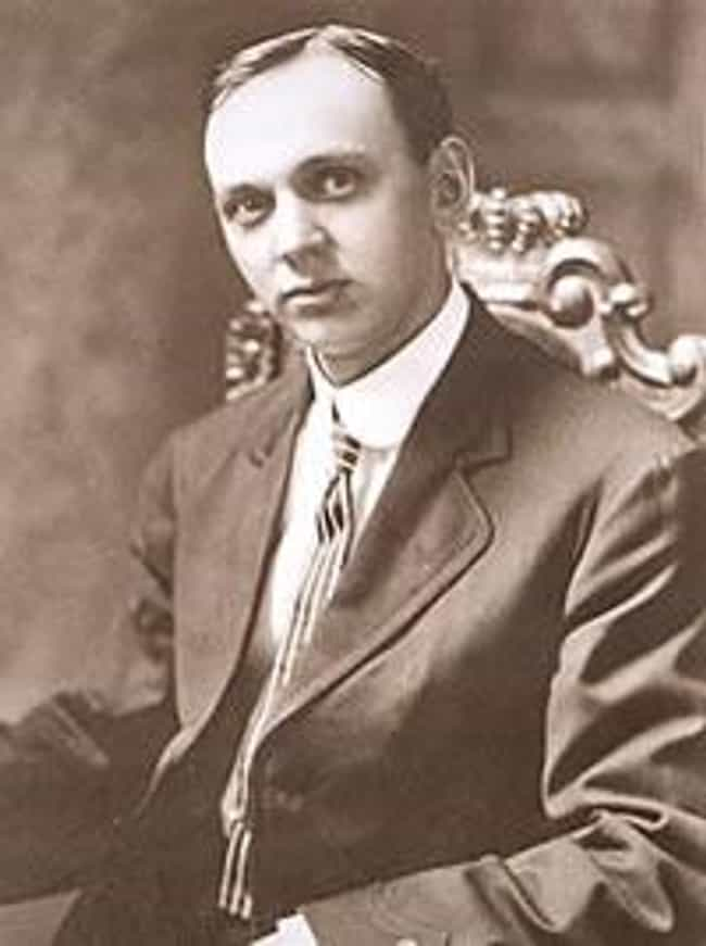 Edgar Cayce is listed (or ranked) 1 on the list Famous Male Psychics