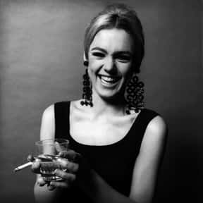 Edie Sedgwick is listed (or ranked) 19 on the list List of Famous Socialites
