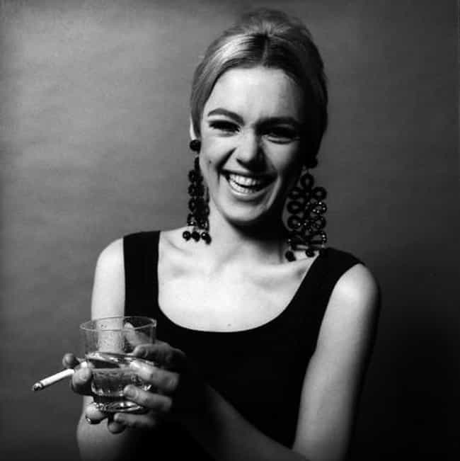 Edie Sedgwick is listed (or ranked) 3 on the list Famous People Who Died Of Barbiturate Overdose