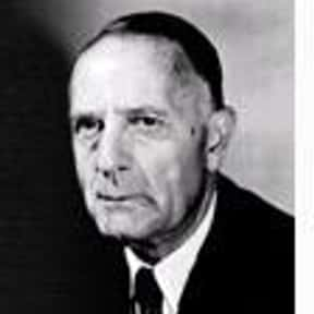 Edwin Hubble is listed (or ranked) 24 on the list Famous University Of Chicago Alumni