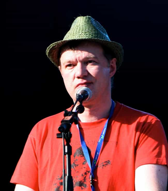 Edwyn Collins is listed (or ranked) 4 on the list Famous Guitarists from Edinburgh