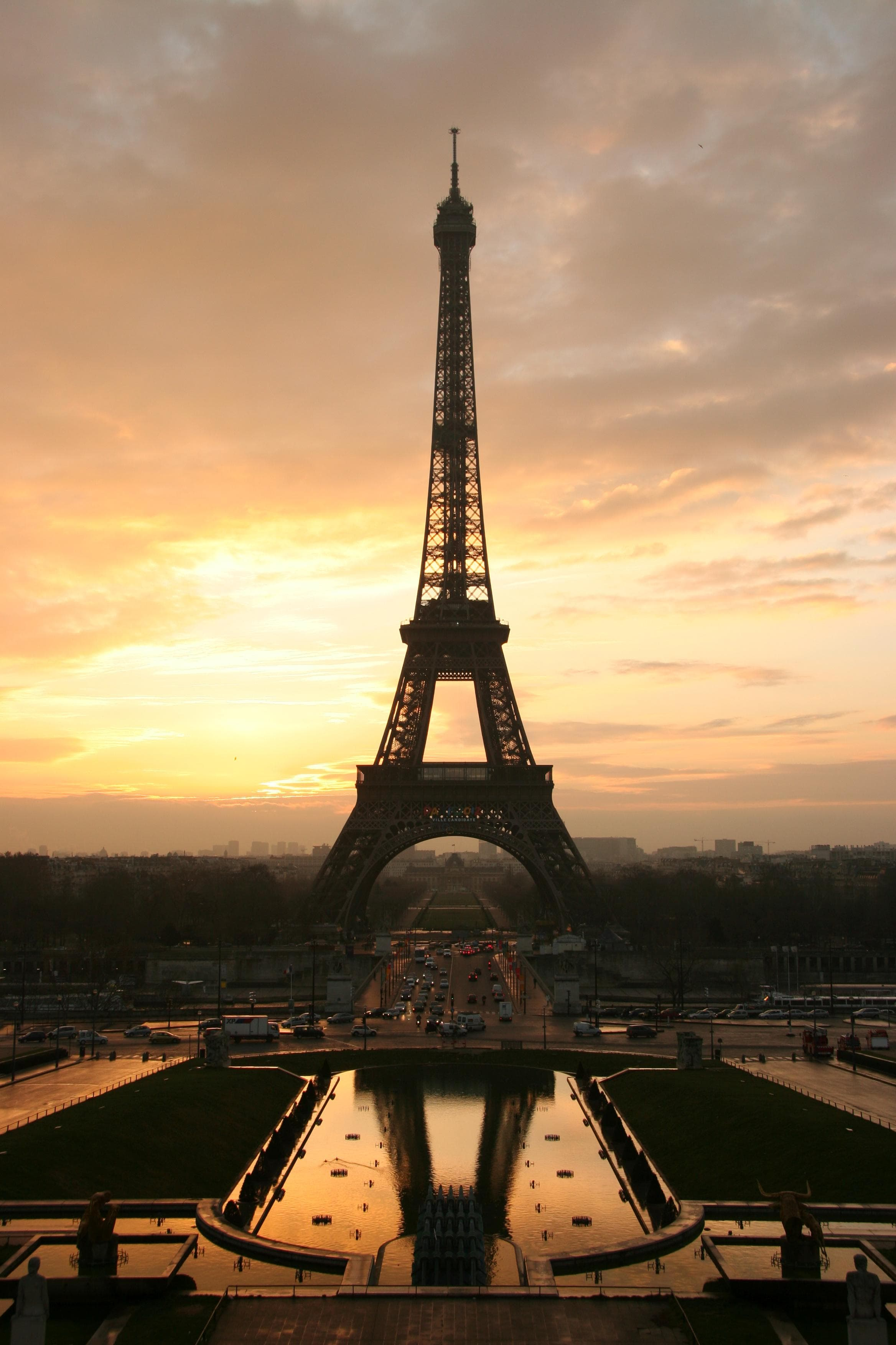 Random Top Must-See Attractions in France
