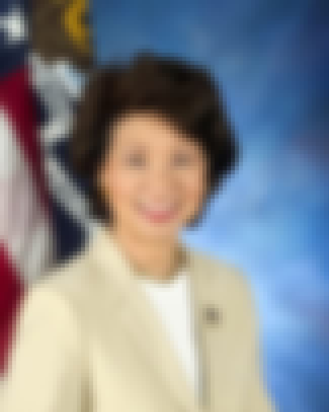 Elaine Chao is listed (or ranked) 3 on the list Famous Syosset High School Alumni