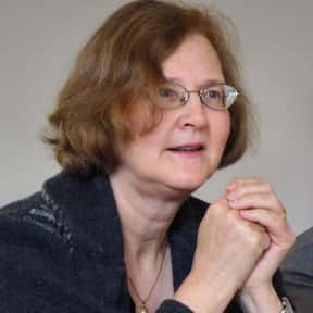 Elizabeth Blackburn is listed (or ranked) 16 on the list List of Famous Biologists