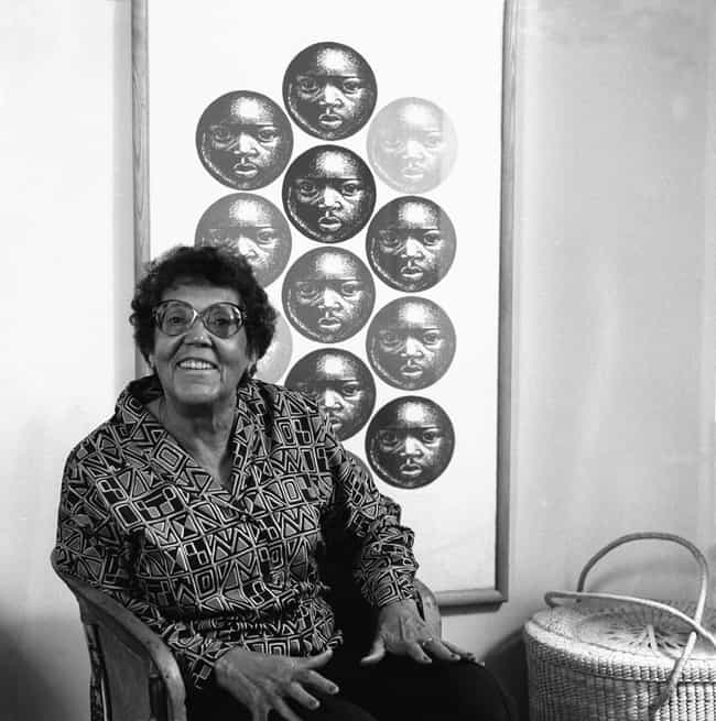 Elizabeth Catlett is listed (or ranked) 4 on the list Famous Harlem Renaissance Artists