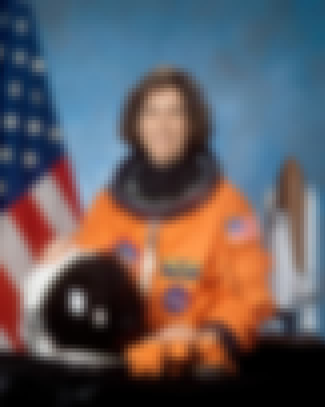 Ellen Ochoa is listed (or ranked) 1 on the list Famous Hispanic Scientists