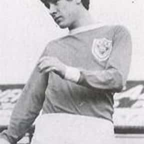 Emlyn Hughes is listed (or ranked) 25 on the list The Best Soccer Defenders of All Time
