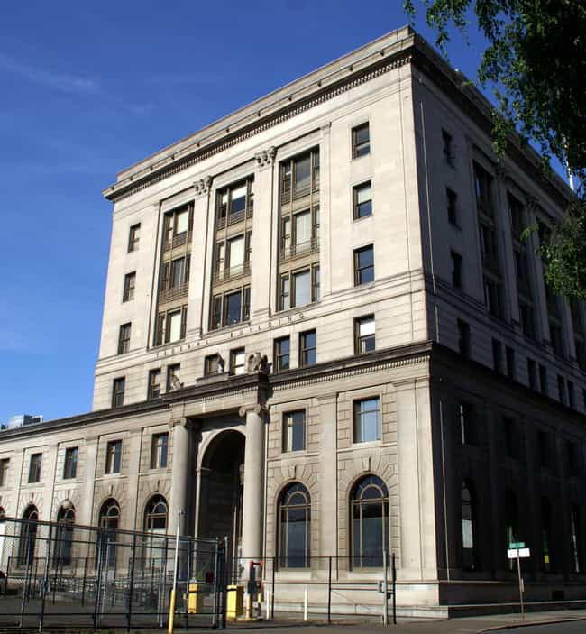 511 Federal Building is listed (or ranked) 1 on the list List of Famous Portland Buildings & Structures