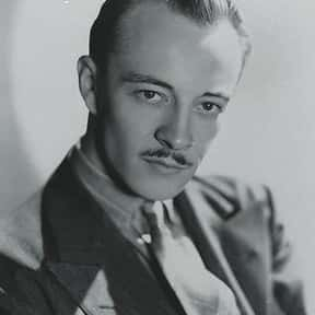 Les Tremayne is listed (or ranked) 10 on the list Full Cast of Goldfinger Actors/Actresses
