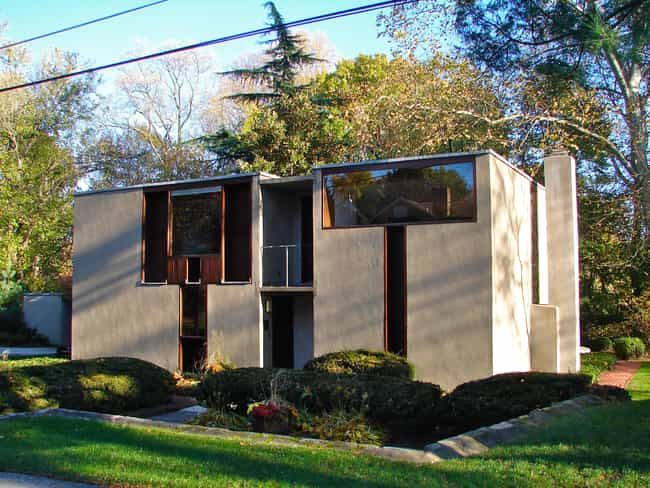 Esherick House is listed (or ranked) 1 on the list List of Louis Kahn Architecture