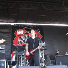 face to face is listed (or ranked) 22 on the list The Best Bands Like Blink-182