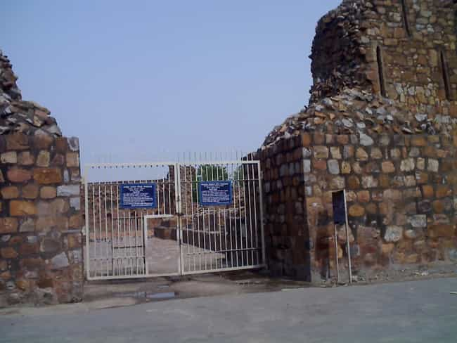 Feroz Shah Kotla is listed (or ranked) 1 on the list Delhi Architecture: Famous Landmarks and Buildings