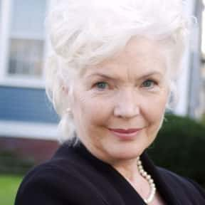 Fionnula Flanagan is listed (or ranked) 4 on the list Full Cast of The Guard Actors/Actresses