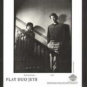 Flat Duo Jets