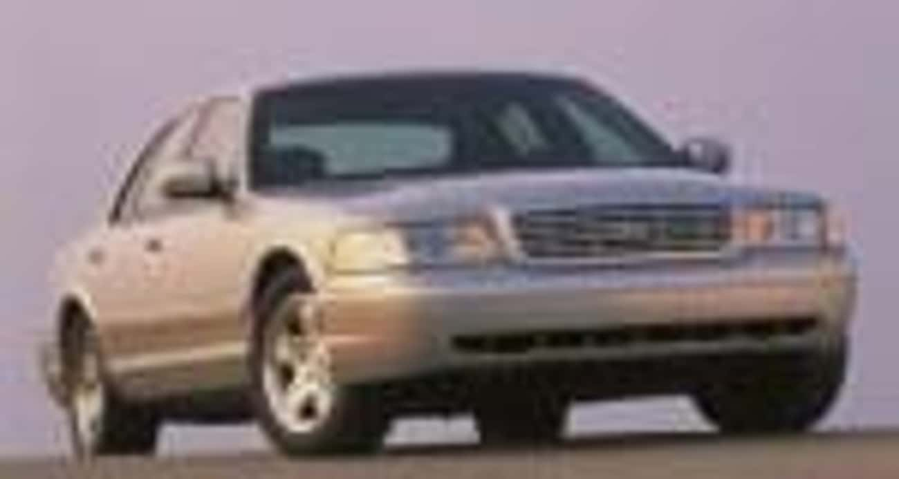 2002 Ford Crown Victoria is listed (or ranked) 1 on the list List of 2002 Fords