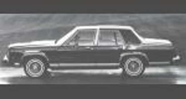1987 Ford LTD Crown Vict... is listed (or ranked) 2 on the list List of Popular Ford Station Wagons