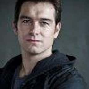 Antony Starr is listed (or ranked) 6 on the list Outrageous Fortune Cast List