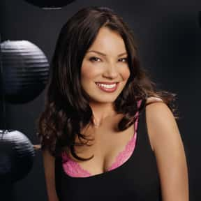 Fran Drescher is listed (or ranked) 7 on the list Famous People From Queens