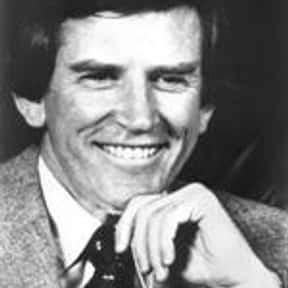 Gary Hart is listed (or ranked) 9 on the list Famous Yale Law School Alumni