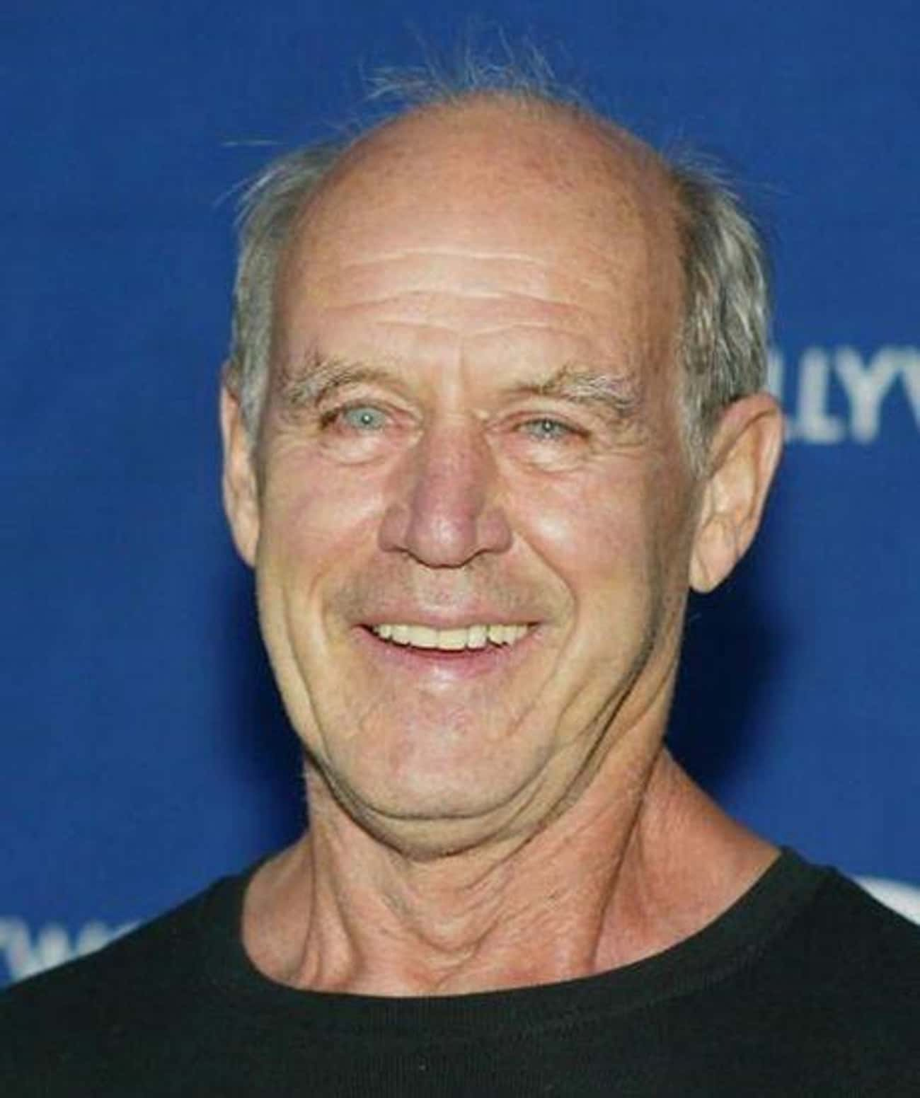 Geoffrey Lewis is listed (or ranked) 4 on the list Salem's Lot Cast List
