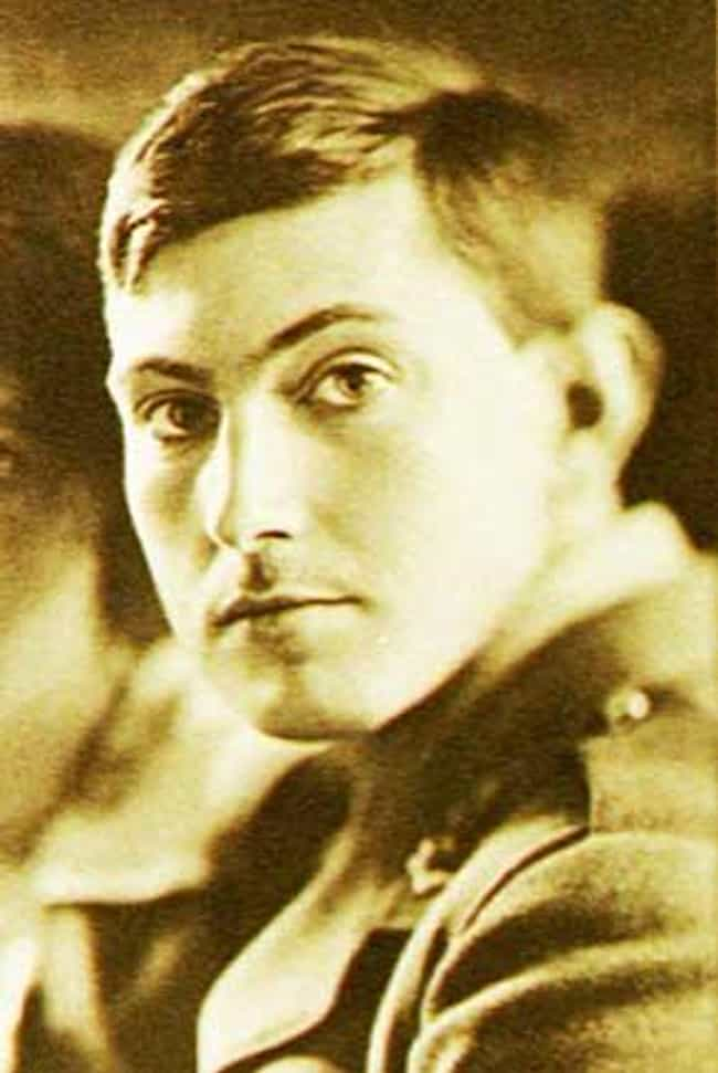 George Mallory is listed (or ranked) 1 on the list Famous People Who Died While Climbing Mountains