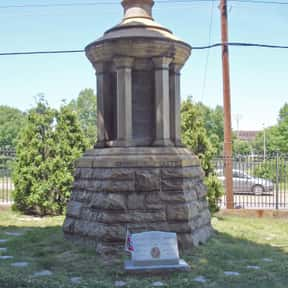 George Pickett is listed (or ranked) 7 on the list Famous People Buried in Hollywood Cemetery