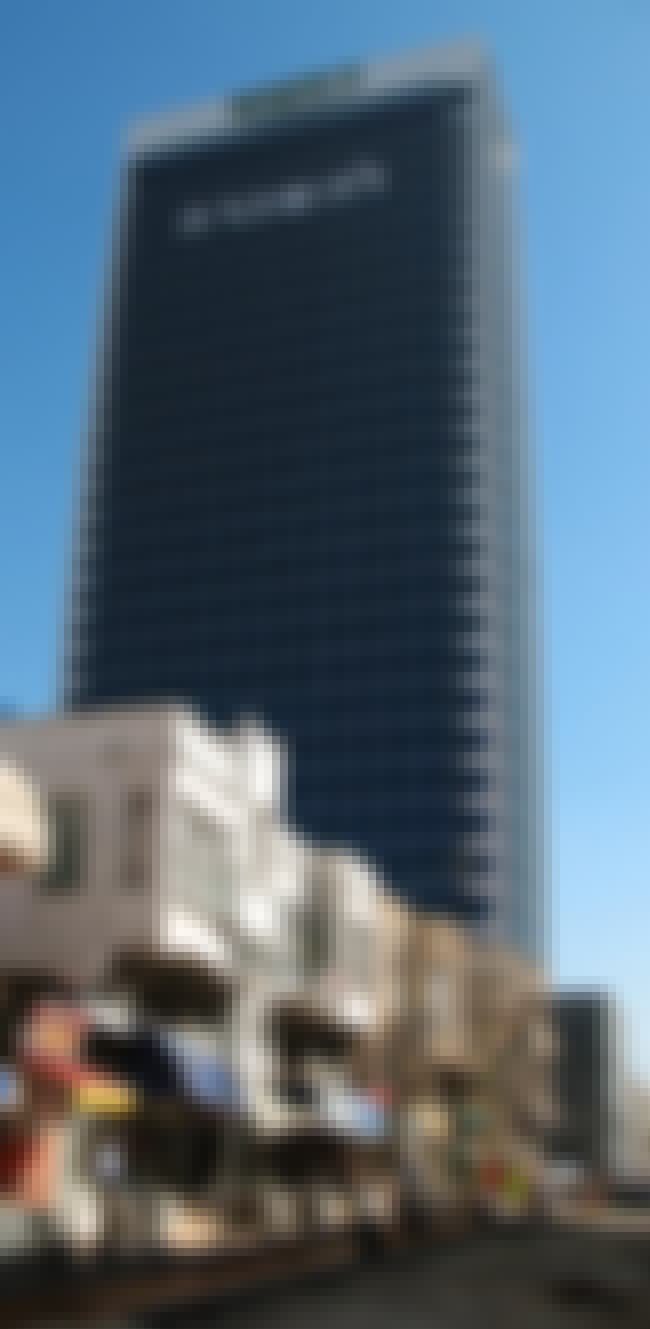 Bank Discount Tower is listed (or ranked) 2 on the list List of Famous Tel Aviv Buildings & Structures