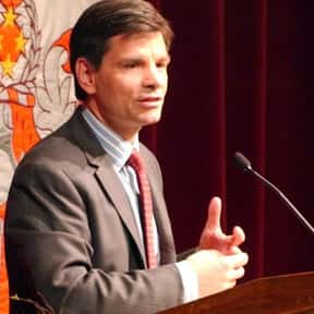 George Stephanopoulos is listed (or ranked) 11 on the list List of Famous News Presenters