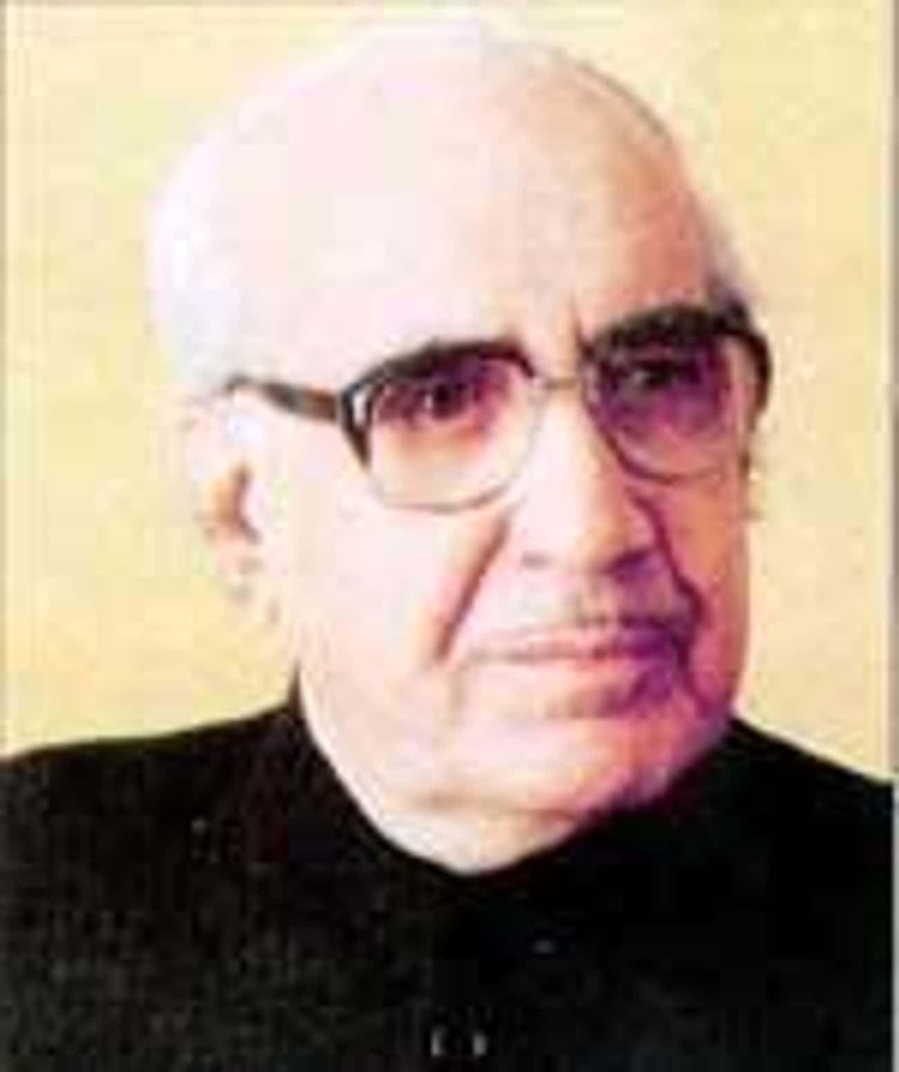 Ghulam Ishaq Khan is listed (or ranked) 3 on the list Famous Economists from Pakistan
