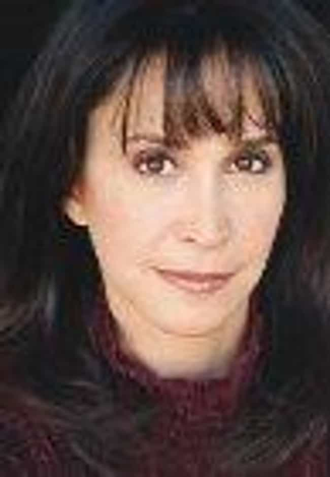 Gina Hecht is listed (or ranked) 3 on the list Mork and Mindy Cast List