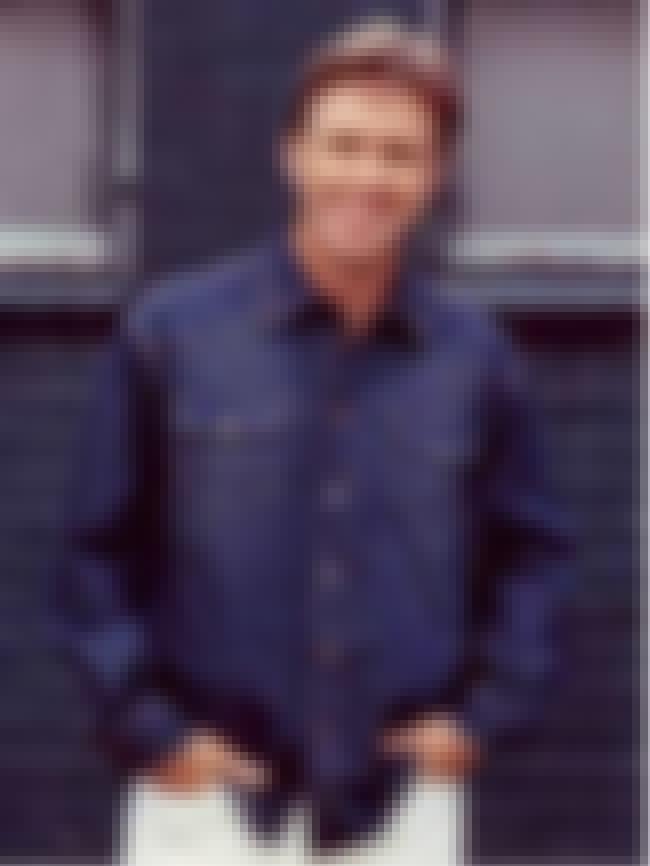 Glenn Robbins is listed (or ranked) 4 on the list Fast Forward Cast List