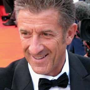 Ezio Greggio is listed (or ranked) 10 on the list Full Cast of Dracula: Dead And Loving It Actors/Actresses