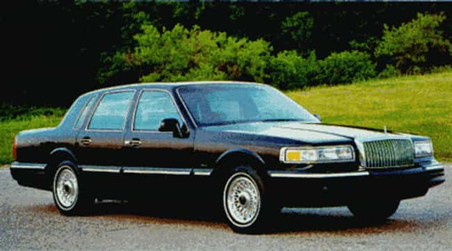 1995 Lincoln Town Car is listed (or ranked) 3 on the list The Best Lincoln Town Cars of All Time
