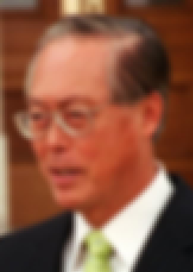 Goh Chok Tong is listed (or ranked) 4 on the list Famous Raffles Institution Alumni