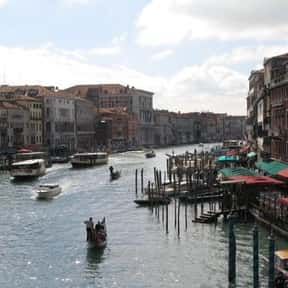 Grand Canal is listed (or ranked) 12 on the list Historical Landmarks to See Before You Die