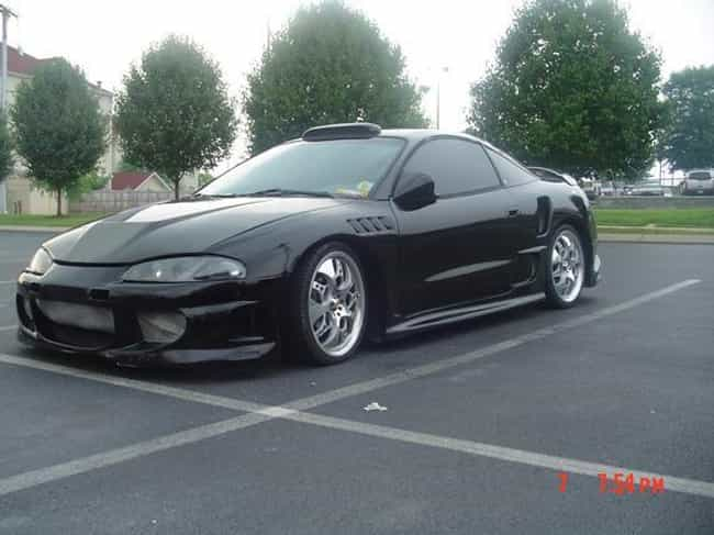 https://imgix.ranker.com/node_img/552/11025138/original/1995-mitsubishi-eclipse-convertible-automobile-model-years-photo-1?w=650&q=50&fm=jpg&fit=crop&crop=faces