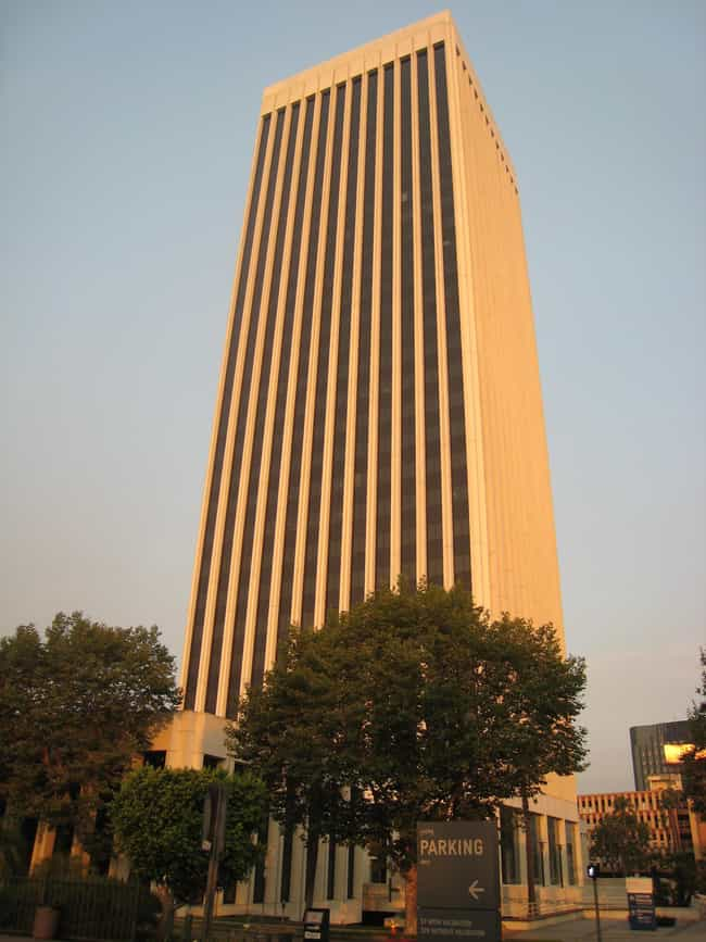 5900 Wilshire is listed (or ranked) 2 on the list List of Famous Los Angeles Buildings & Structures