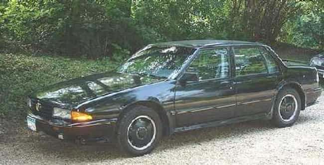 1989 Pontiac Bonneville ... is listed (or ranked) 4 on the list List of 1989 Pontiacs