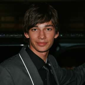 Devon Bostick is listed (or ranked) 7 on the list Full Cast of Land Of The Dead Actors/Actresses