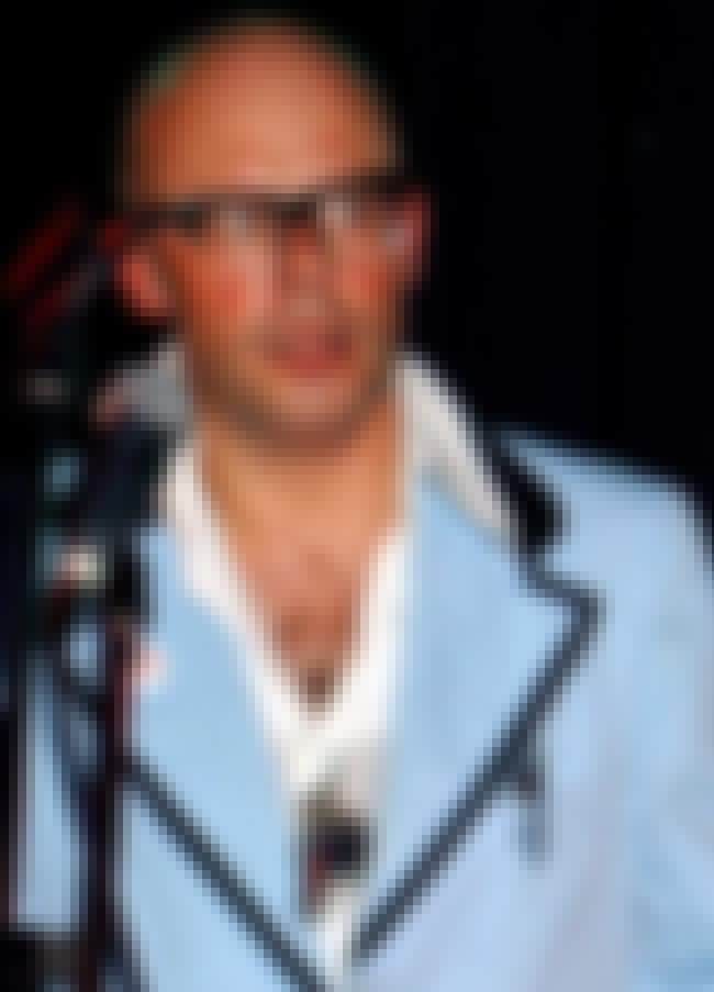 Harry Hill is listed (or ranked) 4 on the list Famous St George's, University Of London Alumni