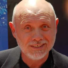 Héctor Elizondo is listed (or ranked) 5 on the list Full Cast of Georgia Rule Actors/Actresses