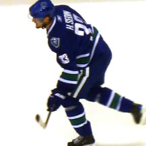 Henrik Sedin is listed (or ranked) 18 on the list The Best Athletes Of All Time