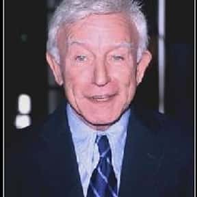 Henry Gibson is listed (or ranked) 14 on the list Famous People Named Henry