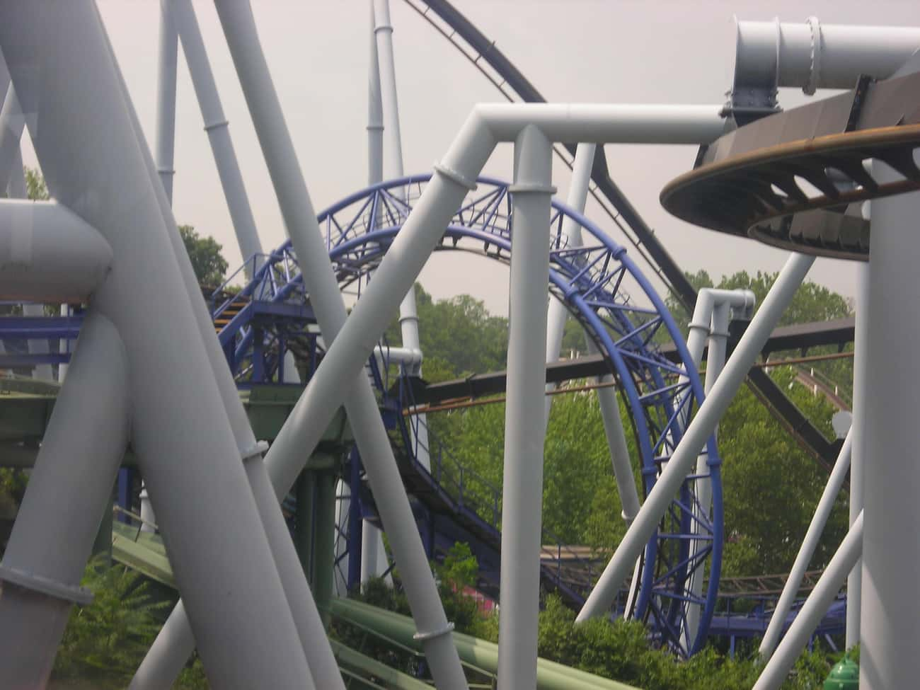Hersheypark is listed (or ranked) 3 on the list The Best Amusement Parks In America
