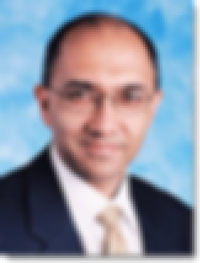 Suneel Bakhshi is listed (or ranked) 4 on the list Famous Shri Ram College Of Commerce Alumni