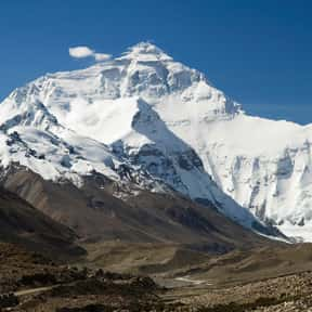 Himalayas is listed (or ranked) 14 on the list The Most Beautiful Natural Wonders In The World
