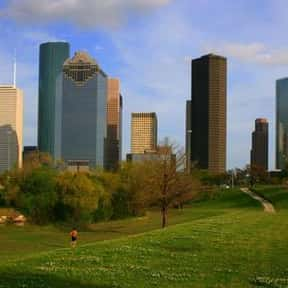 Houston is listed (or ranked) 18 on the list The Best Southern Cities To Live In