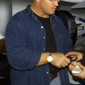 Howie Long is listed (or ranked) 1 on the list The Best NFL Players From Massachusetts
